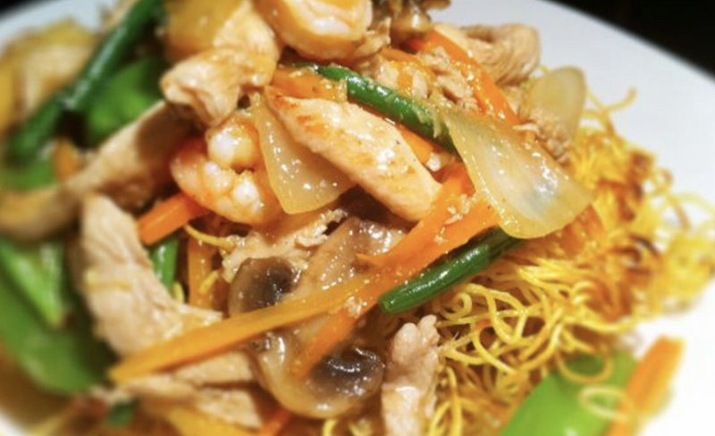 Hong Kong special pan fried noodle